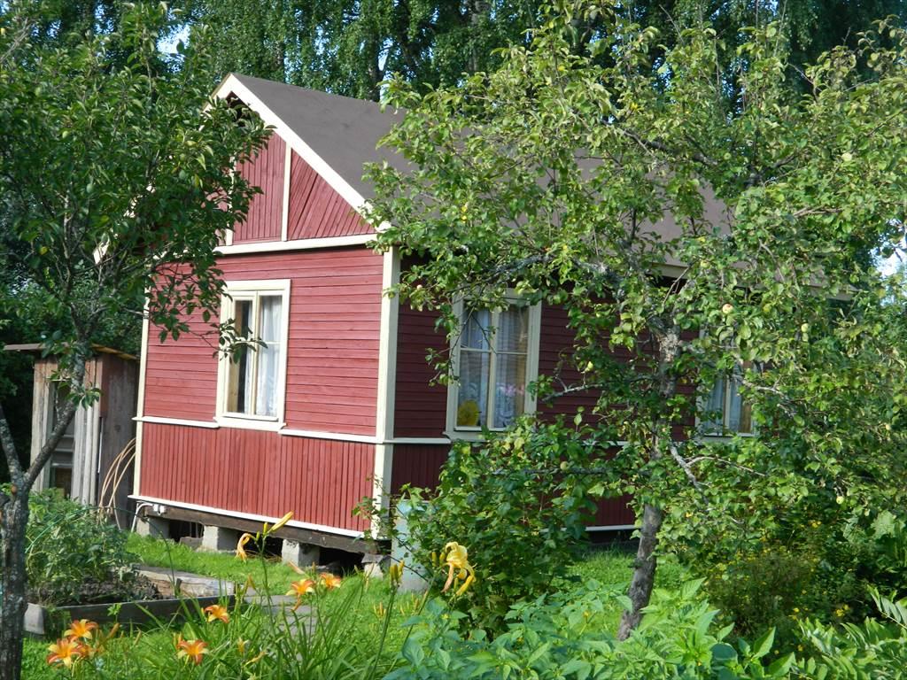 Продаётся дача в районе старых дачь с х садовод 14 дорожка в черте города 5 5 сотки домик 20кв